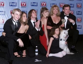 Photos de Mackenzie Rosman - First annual TV Guide Awards 02.01.1999 - 0